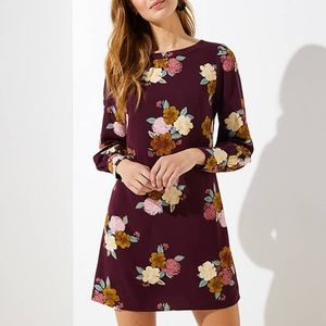 LOFT Dress 8 Purple Floral Cuffed Shift